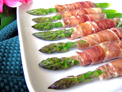 Asparagus Spears Wrapped in Prosciutto Appetizer