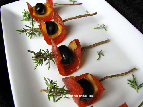 cheese olive pepperoni appetizer