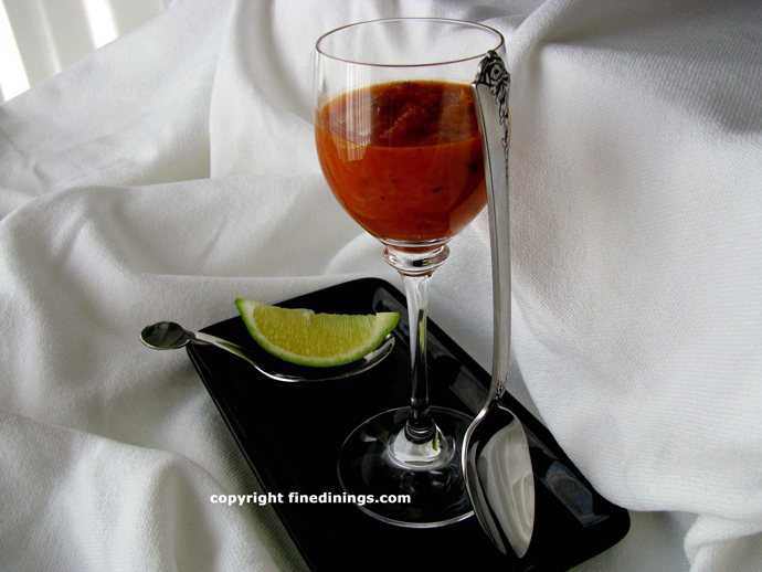 chilled tomato soup with fresh ginger
