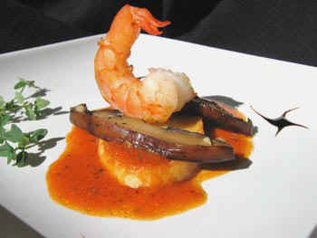 crostini with portobelo mushrooms and shrimp