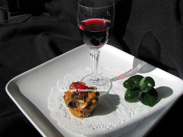 Mini-Confection Fruit Cake with Port Wine