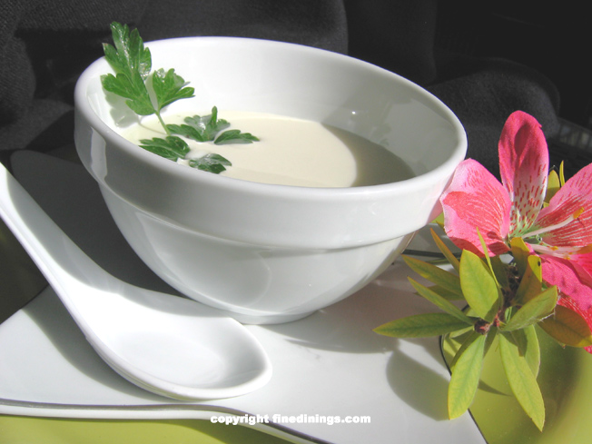 Vichyssoise, potato leek soup