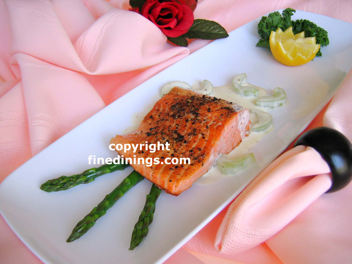 salmon cucumber cream sauce