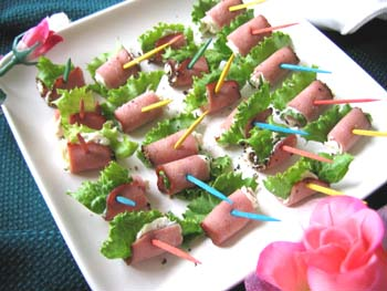 Turkey Pastrami Rollups Tasty Easy Variety Of Hors D Oeuvres